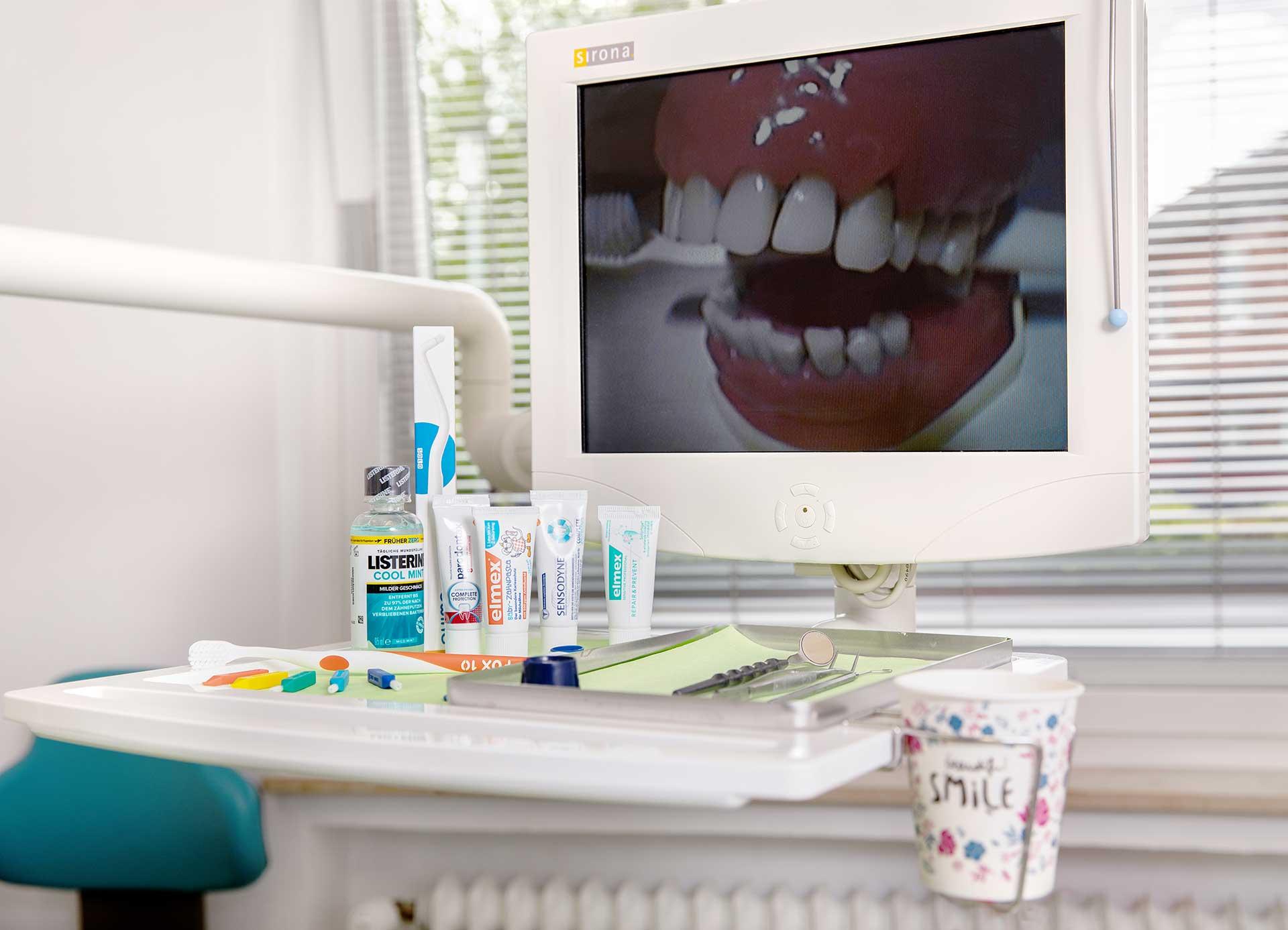 Behandlungsstuhl in der Zahnarztpraxis Jan Vijfvinkel